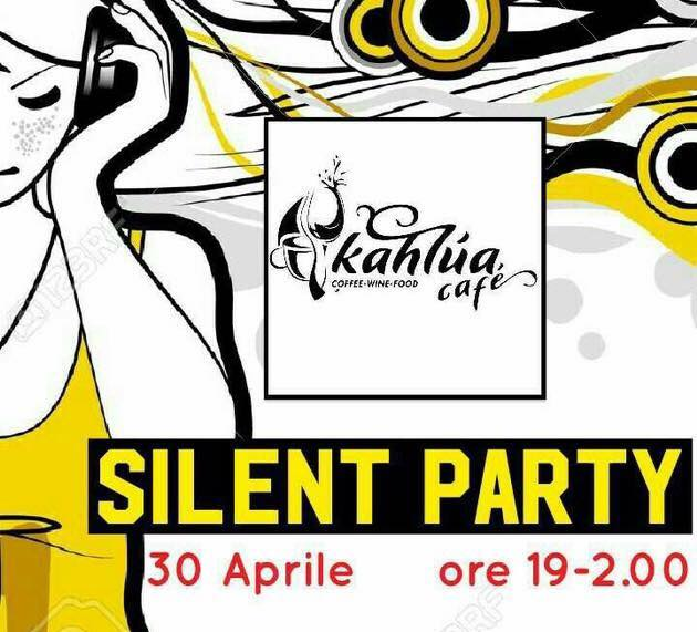 SILENT DISCO PARTY @ KAHLUA CAFé